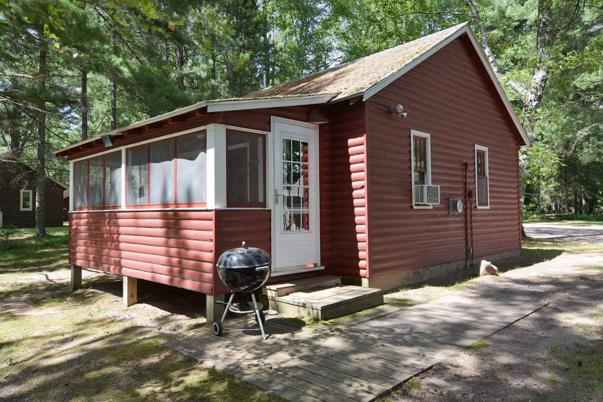 Pine Point Vacation Home Cabin Rental Clam Lake Wi